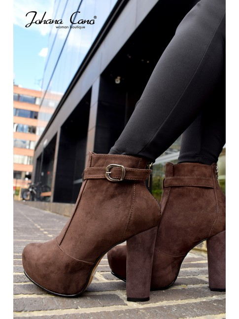 Botin Tania Cafe DS
